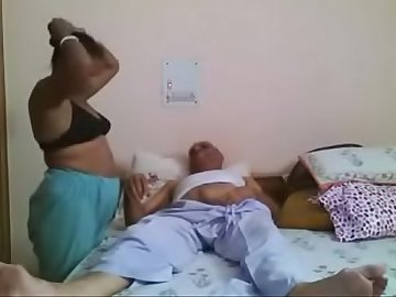 INDIAN MATURE COUPLE RELIVING OLD SWEET MEMORIES
